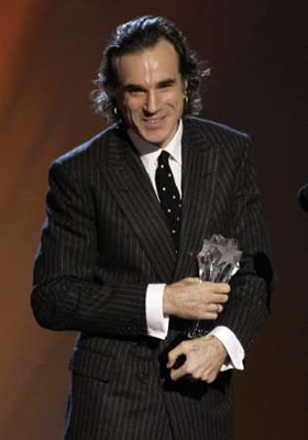 daniel-day-lewis-con-el-critics-choice.jpg