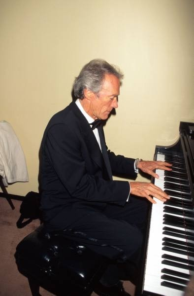 clint-eastwood-pianista.jpg