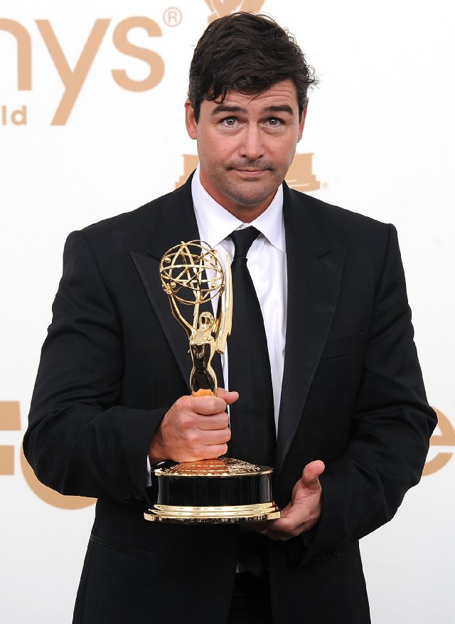 Kyle-Chandler-Emmy