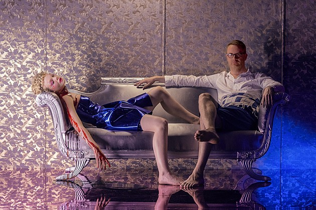 the_neon_demon_Fanning-Refn