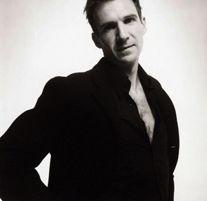 ralph-fiennes-en-the-duchess.jpg