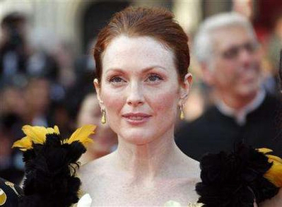 julianne-moore-premiere-blindness.jpg