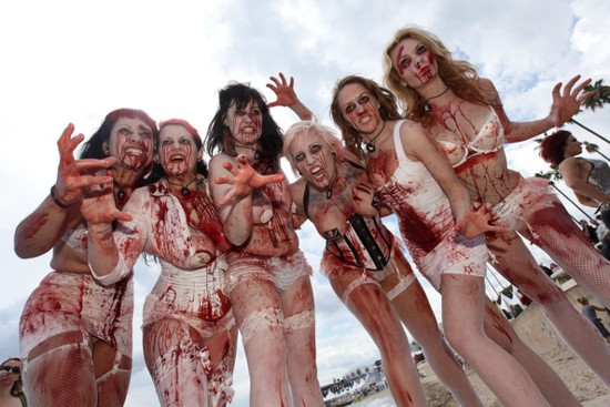 zombie-women-of-satan-promocion-cannes