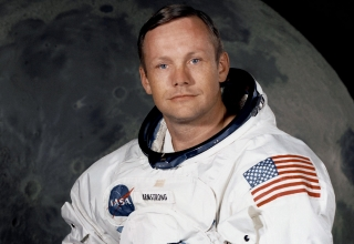 neil_armstrong_post