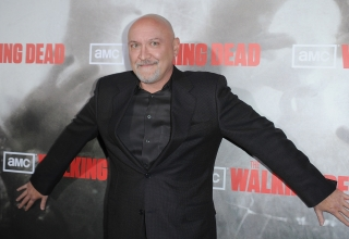 "LOS ANGELES, CA - OCTOBER 26:  Director Frank Darabont arrives at the Los Angeles premiere of AMC's ""The Walking Dead"" held at ArcLight Cinemas Cinerama Dome on October 26, 2010 in Hollywood, California.   (Photo by Jason Merritt/Getty Images)"