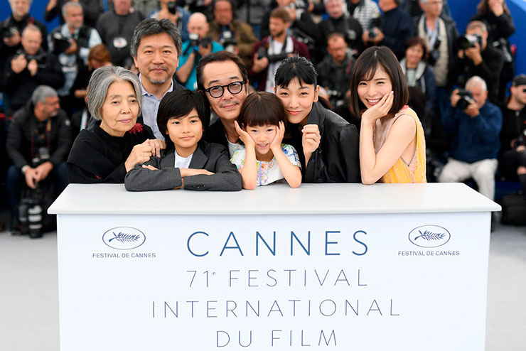 Shoplifters-photocall-Cannes