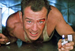 DT9W0Y BRUCE WILLIS DIE HARD (1988)